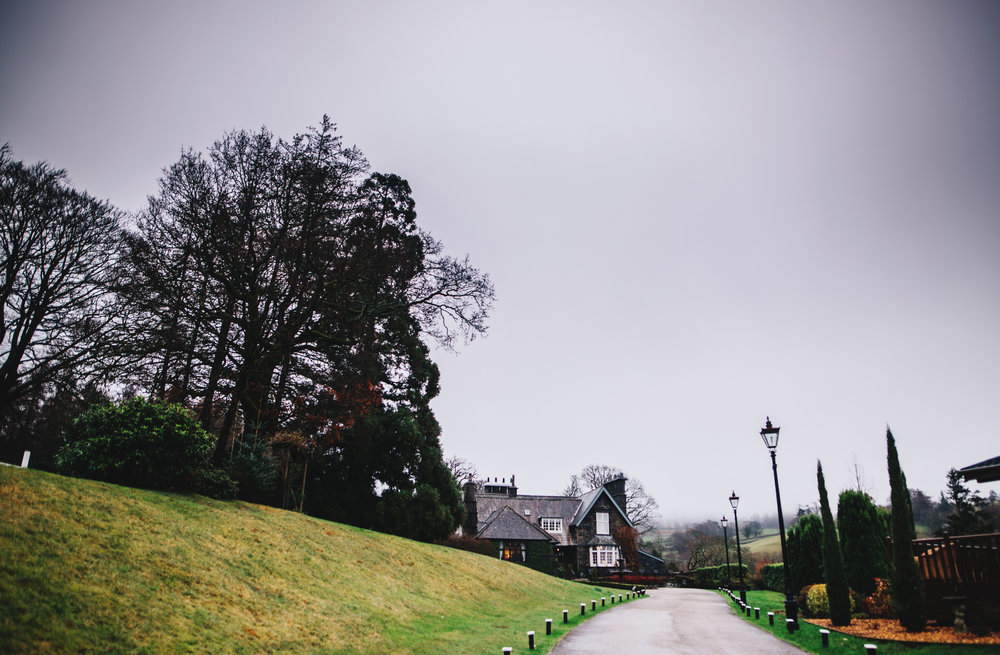 exterior of Broadoak wedding venue in the Lake District