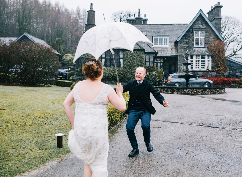 excited guest greets bride arriving