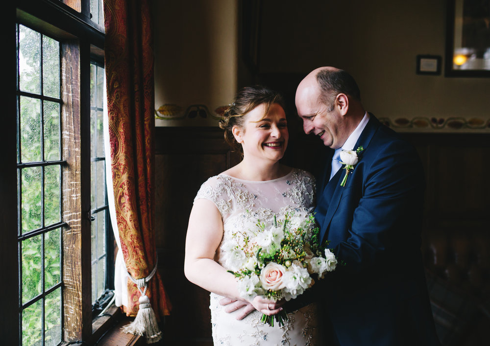 winter wedding photography - portraits of the bride and groom