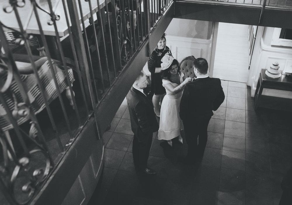 guests arrive at great john street wedding