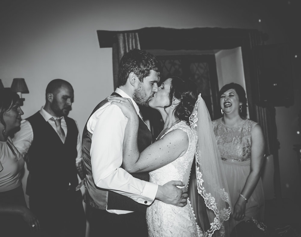 Hyde Bank Farm Wedding Pictures - Meg and Nick 00009.jpg