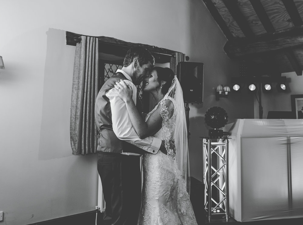 Hyde Bank Farm Wedding Pictures - Meg and Nick 00013.jpg