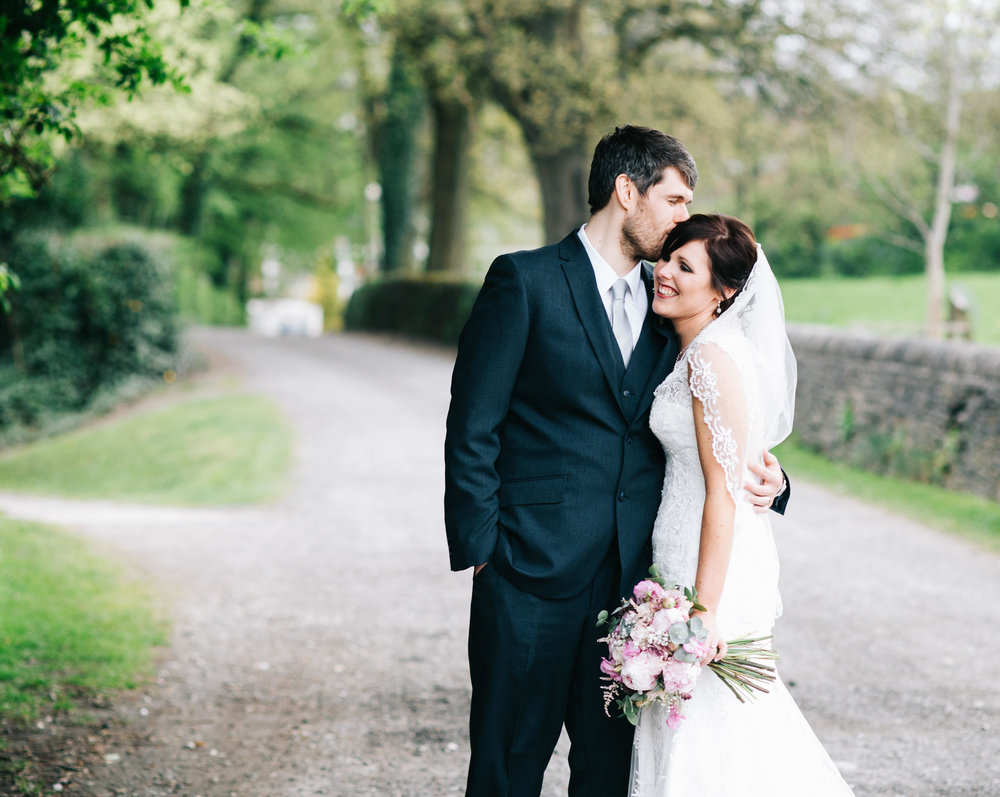 Hyde Bank Farm Wedding Pictures - Meg and Nick 00049.jpg