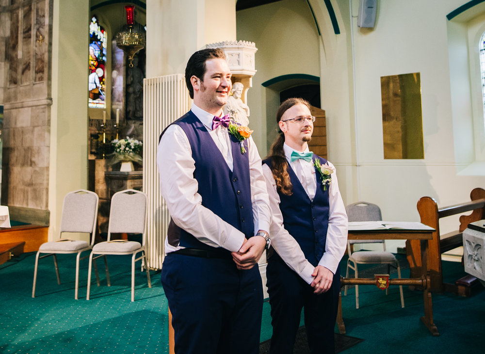 The groom and his best man, Colourful wedding.