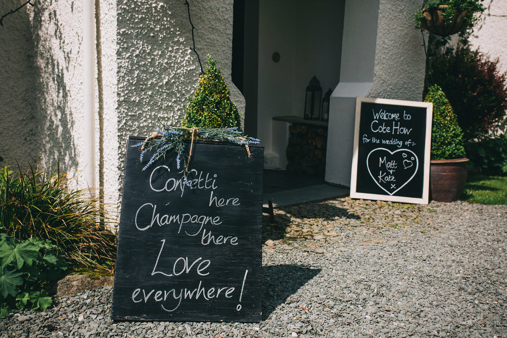 wedding signs at cote how barn wedding venue in the Lakes