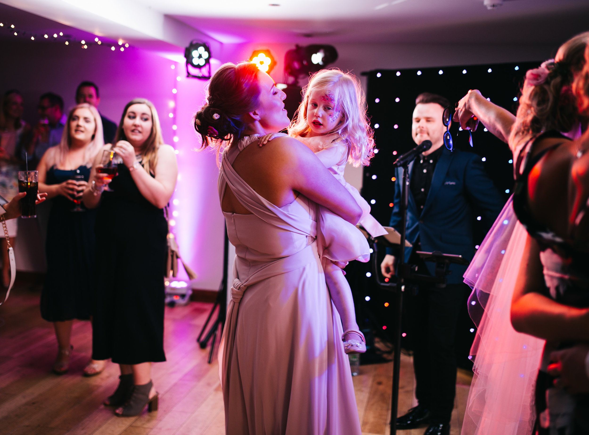 guests dance at Fisherman's Retreat wedding