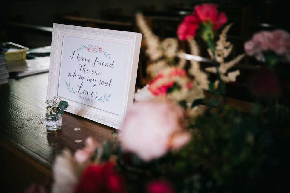 Wedding table decorations, Pastel themed wedding.
