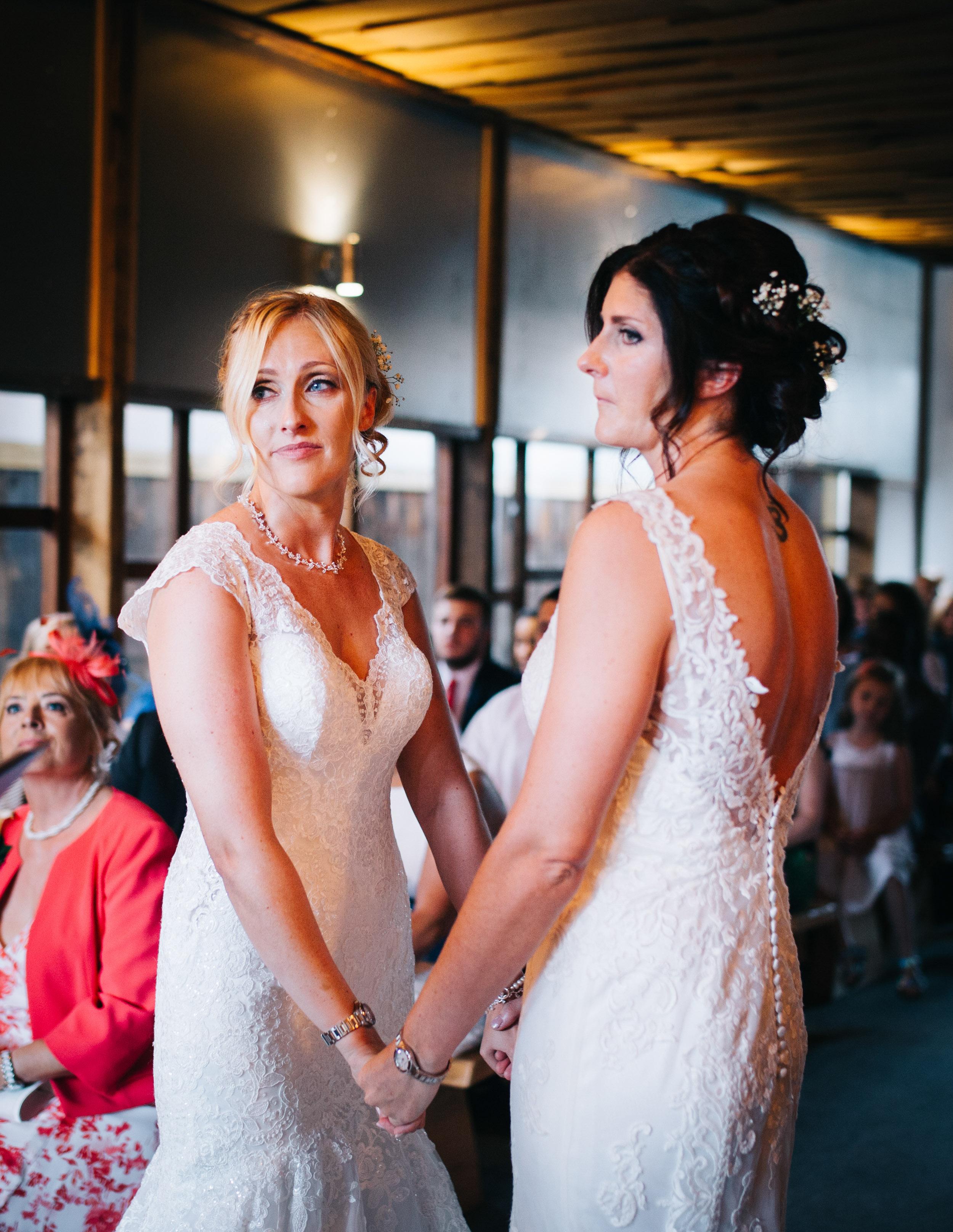 Cheshire wedding photographer - Owen House Wedding Barn