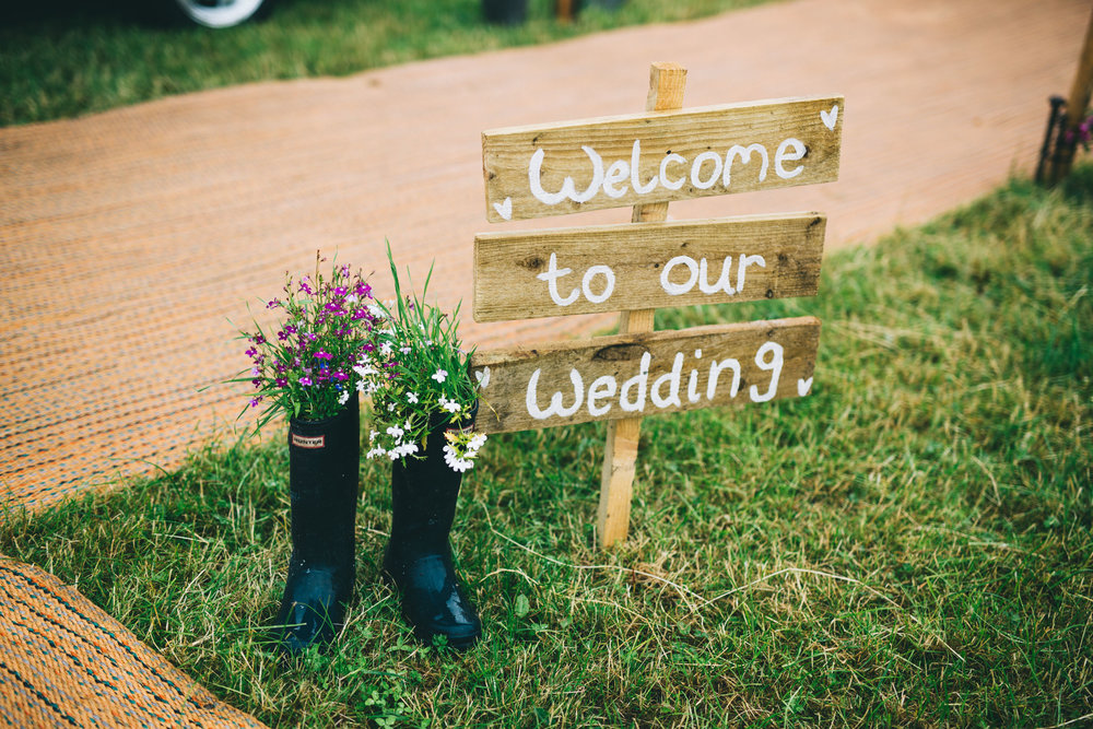 handmade wedding details - tipi wedding