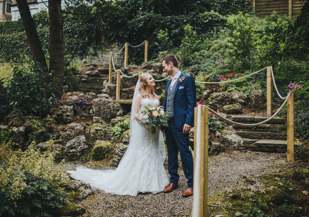 wedding pictures in the garden at MItton Hall