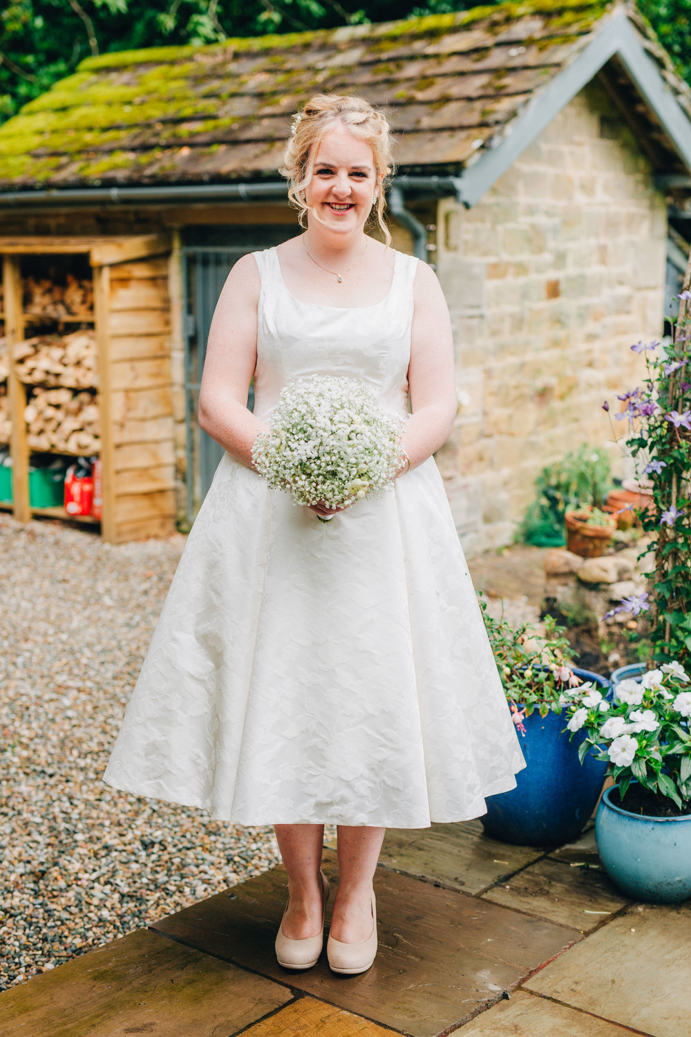 bespoke wedding dress - relaxed wedding photographer