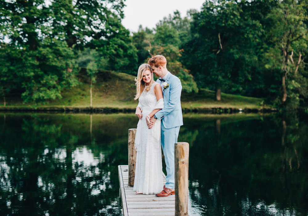 gorgeous wedding pictures at the swan at newby bridge