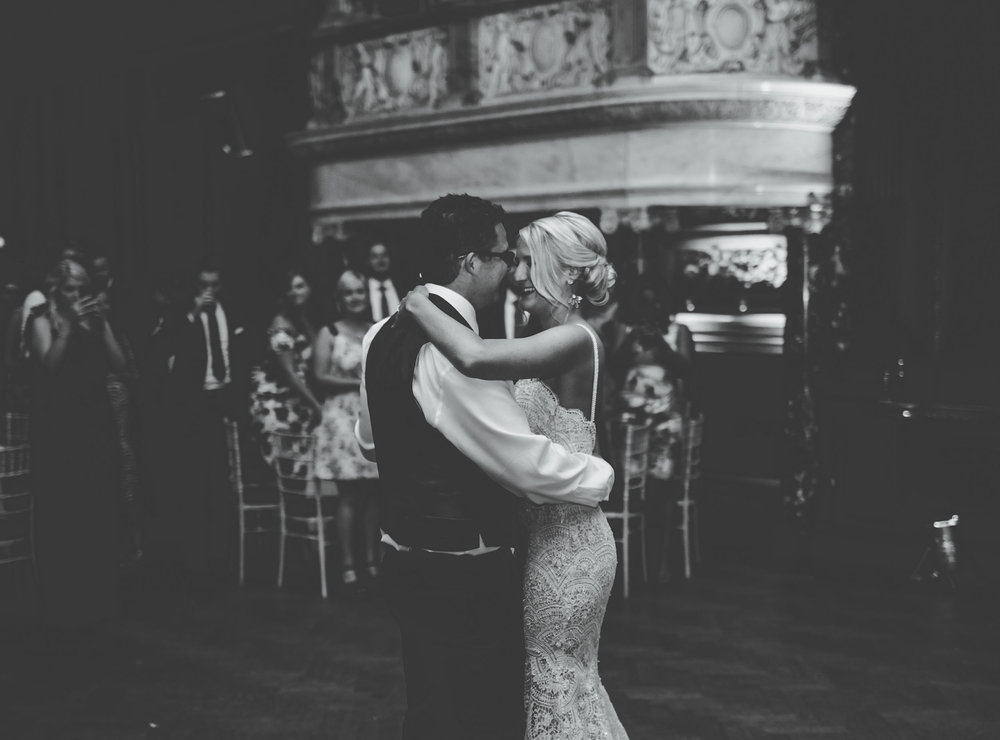 first dance at Thornton Manor - Cheshire wedding photographer