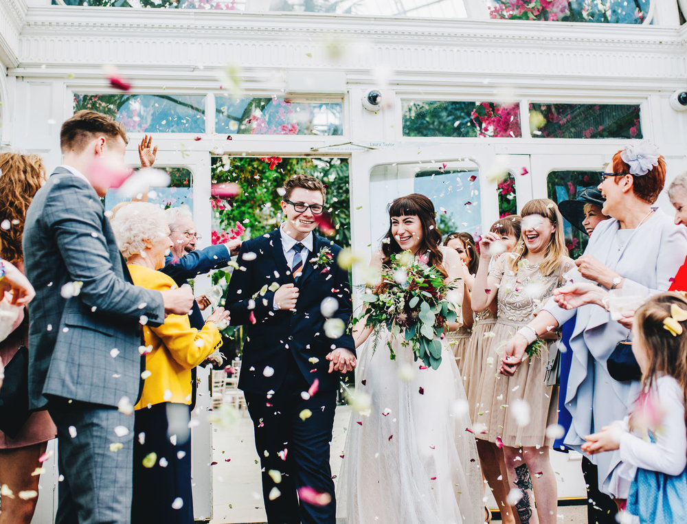 liverpool wedding photographer - confetti at the palm house sefton