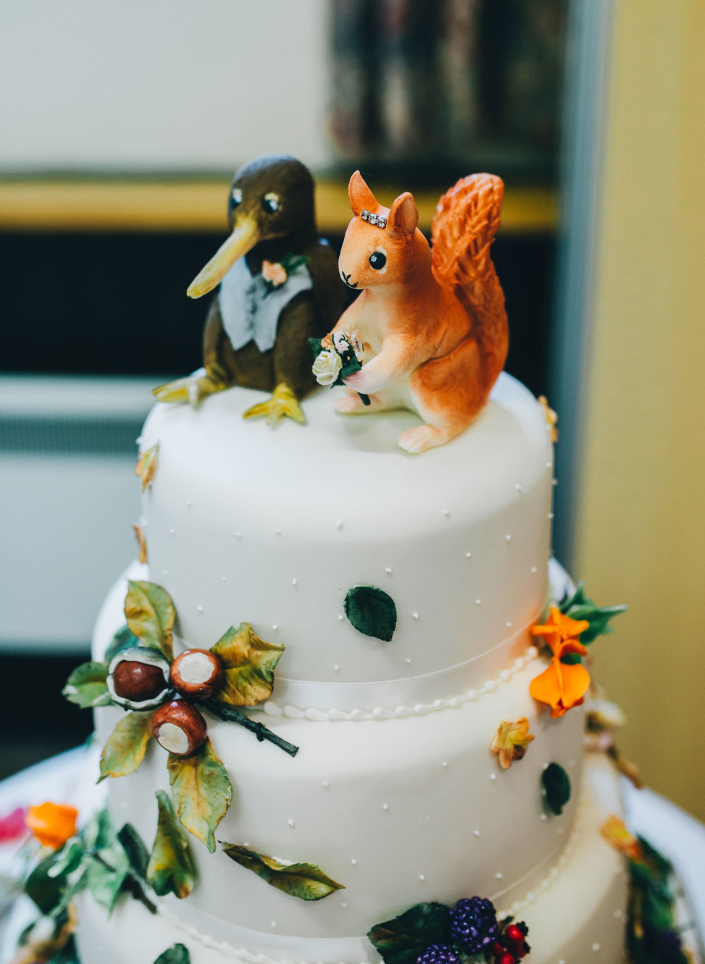custom wedding cake - autumn themed