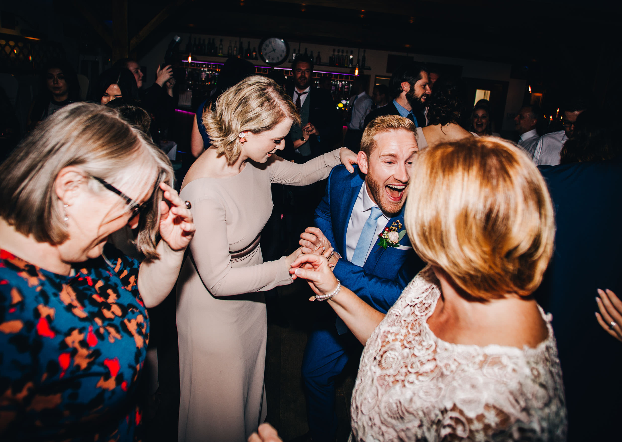 dance floor fun - inn on the lake wedding pictures