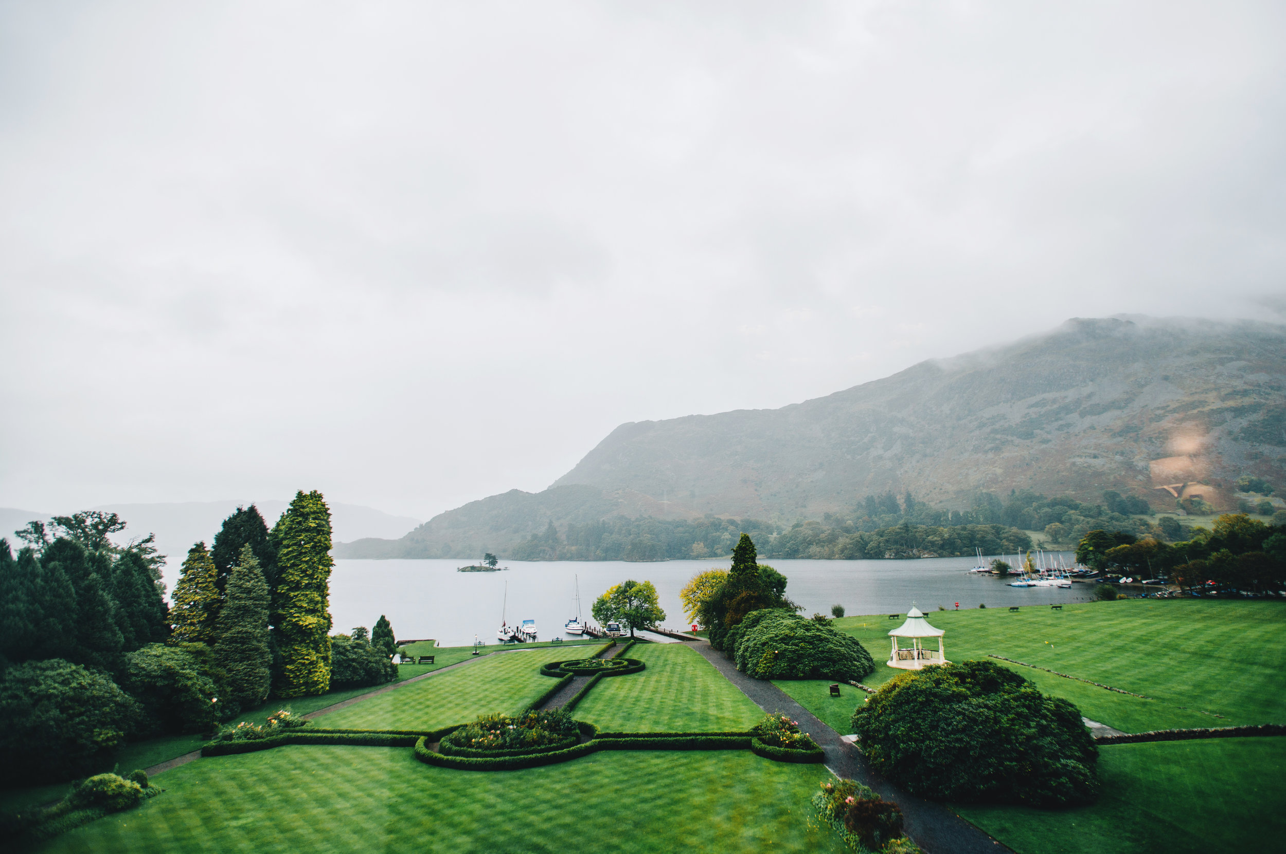 landscape picture - Inn on the Lake Wedding Venue