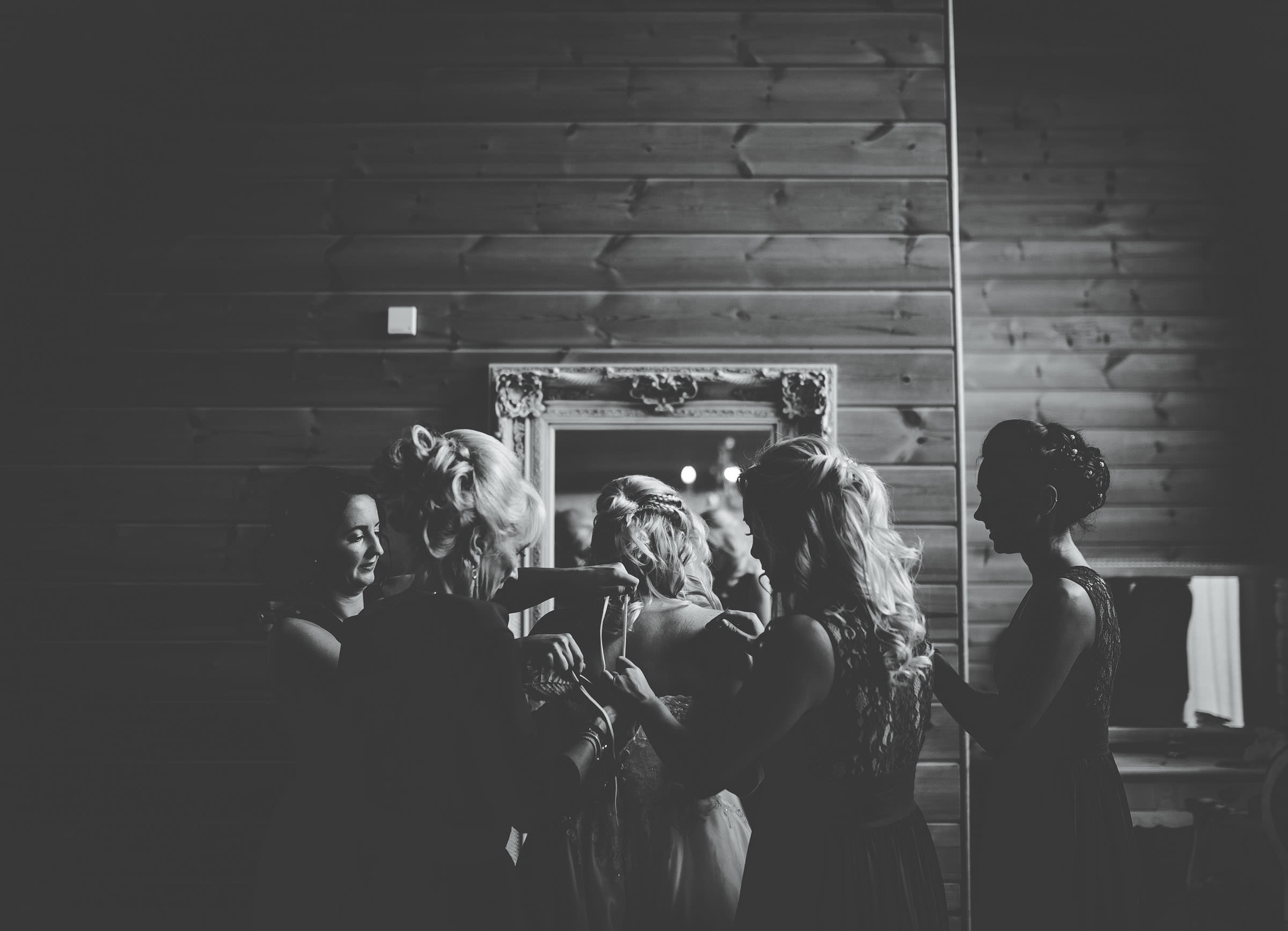 gorgeous black k and white wedding in Cheshire