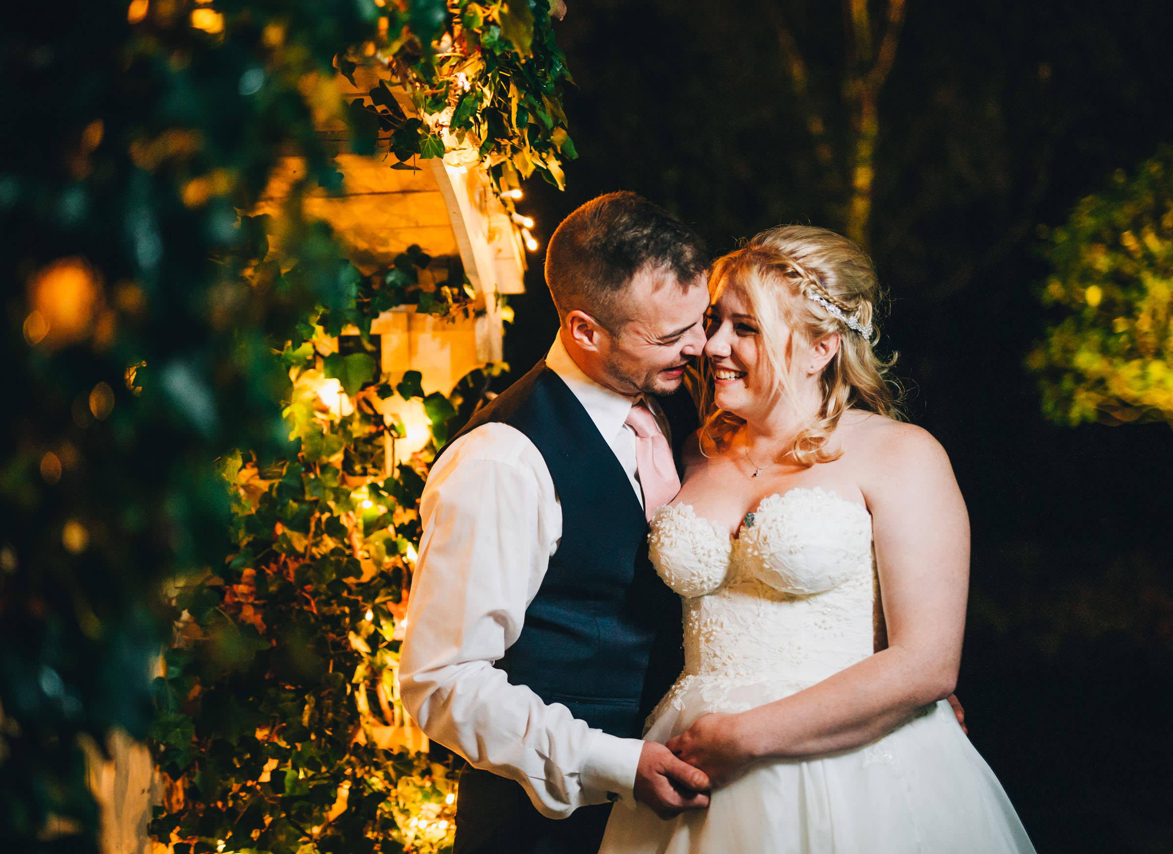 bride and groom - creative wedding pictures