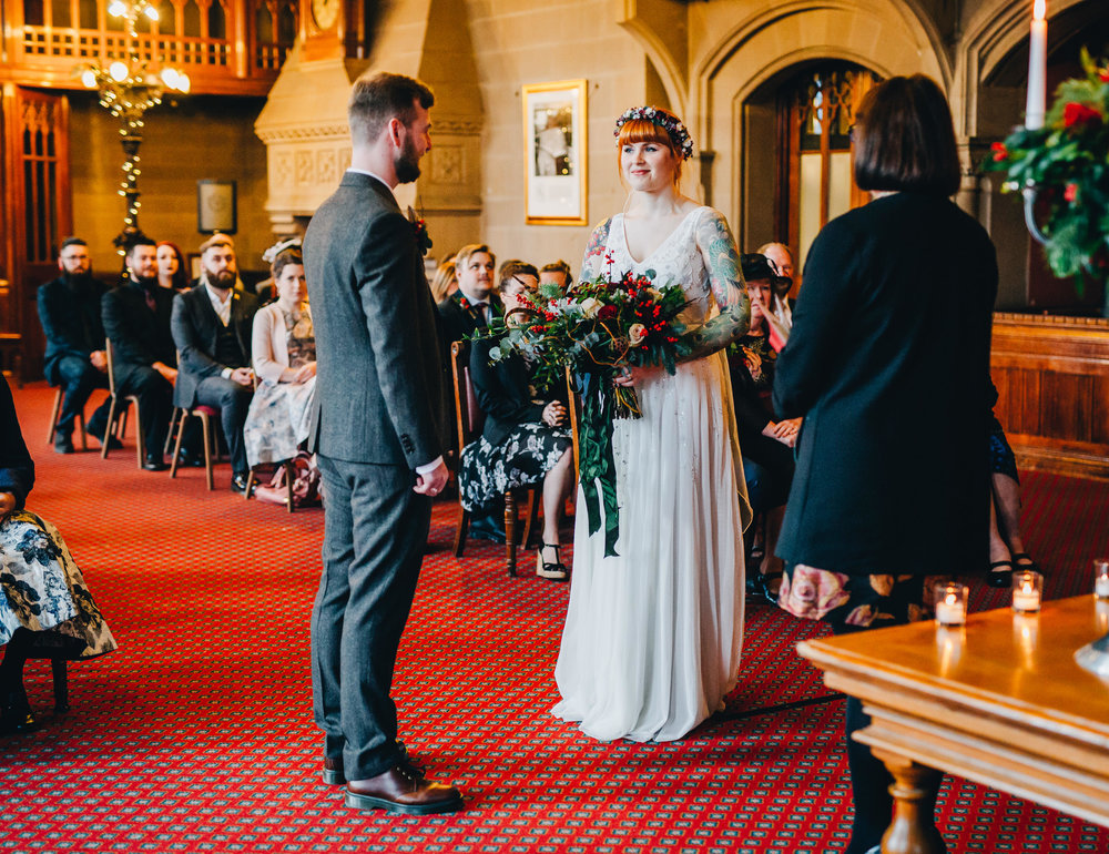 relaxed wedding ceremony at Manchester town hall