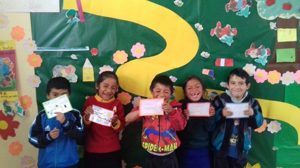 UN VIAJE MÁGICO DE CORRESPONDENCIA   PEP: Joyce Meca - Educación y Jimena Rodríguez - Educación  GRADO: 1ro y 2do de primaria  REGIÓN: Cajamarca / Lima   Busca conocer a nuevas personas a través de la escritura, mejorar la comprensión lectora y fomentar el asombro y creatividad.