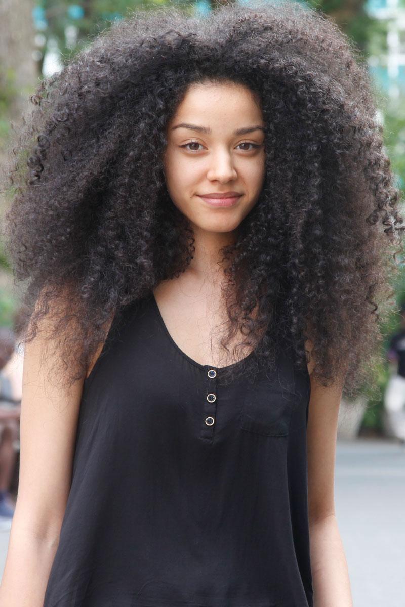 elle-street-chic-beauty-lisandra-xln.jpg