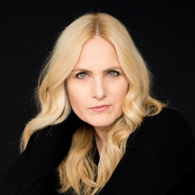 Author - Lolly Daskal