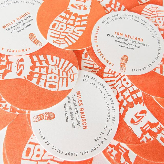 No. 025 / designed by @extramile5280 / printed by @sparkletterpress / cool gray and orange letterpress on 2-ply white museum board / #100daysofbusinesscards