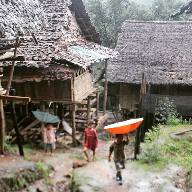 According to these kids umbrellas work better upside down.  #Myanmar #Burma #maelaoon
