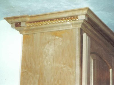 Custom Kitchen Molding Detail