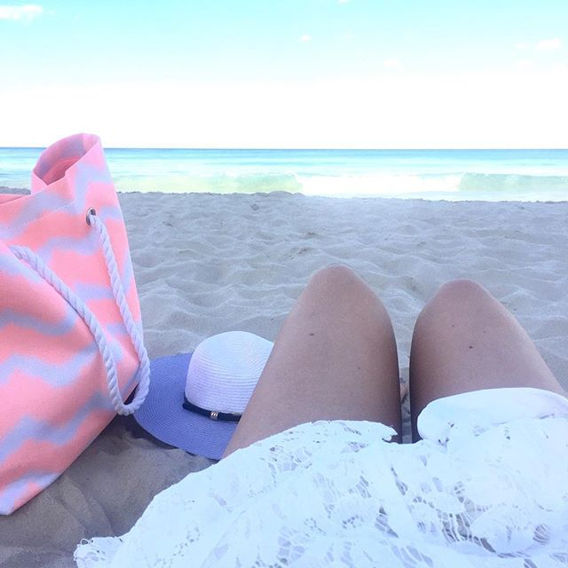 Afternoon's well spent @jess__schmidt #beachlife#lifestyle#fashion#spring
