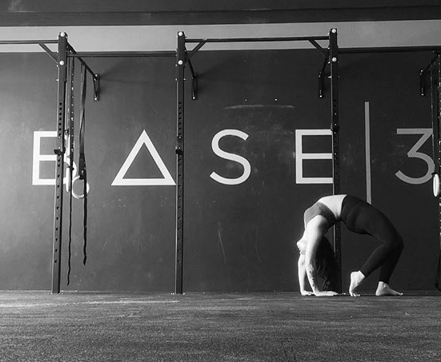 YOGA Starting this Friday at 11am, our home girl @dareene is offering a 60min flexibility and mobility class designed to compliment all of the hard work you do all week. Perfect for a rest day or after your Friday morning workout. • • • #base3 #fitness #lifestyle #community #yoga #yogi #flexibility #mobility #health #recovery #weekend #fun #fam #mydubai #fitnessdubai