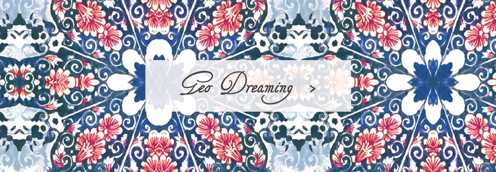 Geo Dreaming Sleeping Bag Beauties Pattern Print