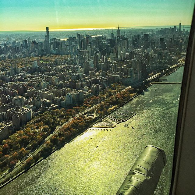 See ya later NYC ✌🏼️, you got too cold too quick !! ☀️ #escape #cold #heli #miamibound 🚁✈️