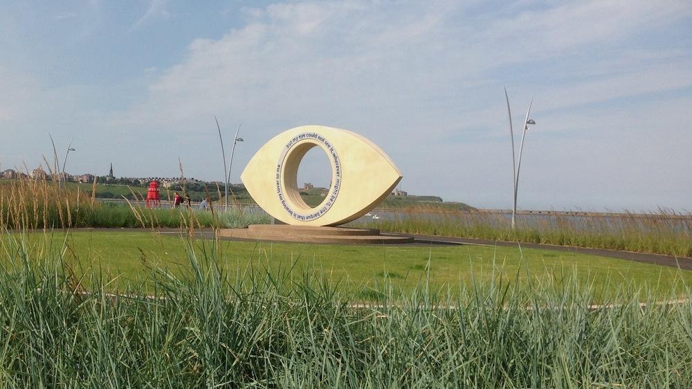 TYNE EYE   18 ton cast concrete sculpture