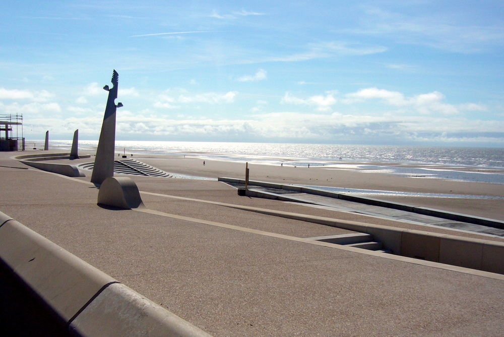 CLEVELEYS   Worked closely to create this award winning new public space and safer defence from the rising sea