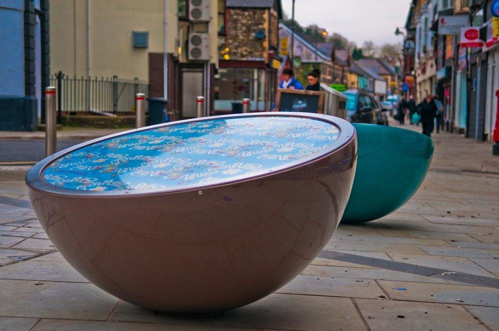 Pontypool - hemisphere seat    Steel hemispheres and stove enamelled in vibrant colours