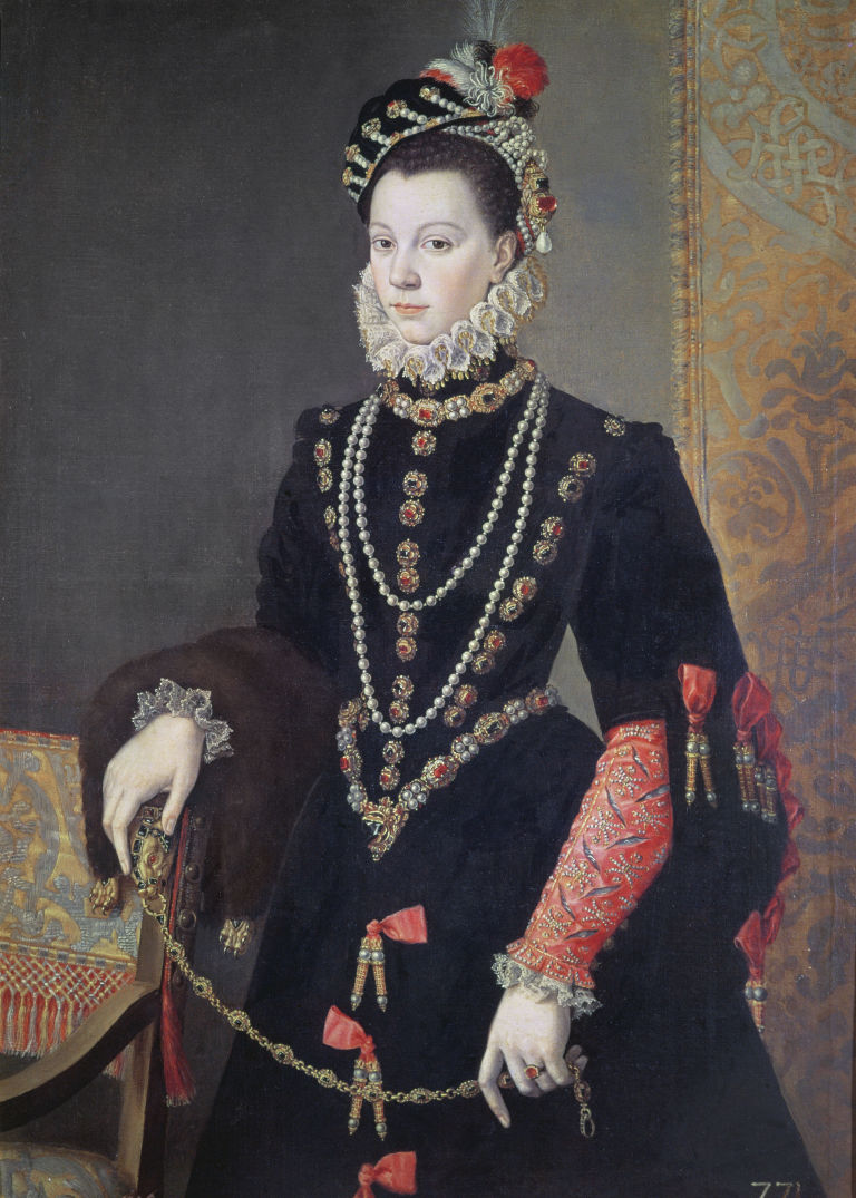 IN THIS CIRCA 1605 PORTRAIT BY JUAN PANTOJA DE LA CRUZ, ELISABETH DE VALOIS'S JEWELS EXHIBIT THE POWER OF THE SPANISH HABSBURG EMPIRE