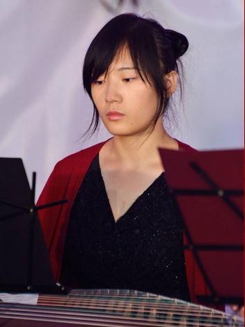 Yinli Wang - Gu Zheng.jpg