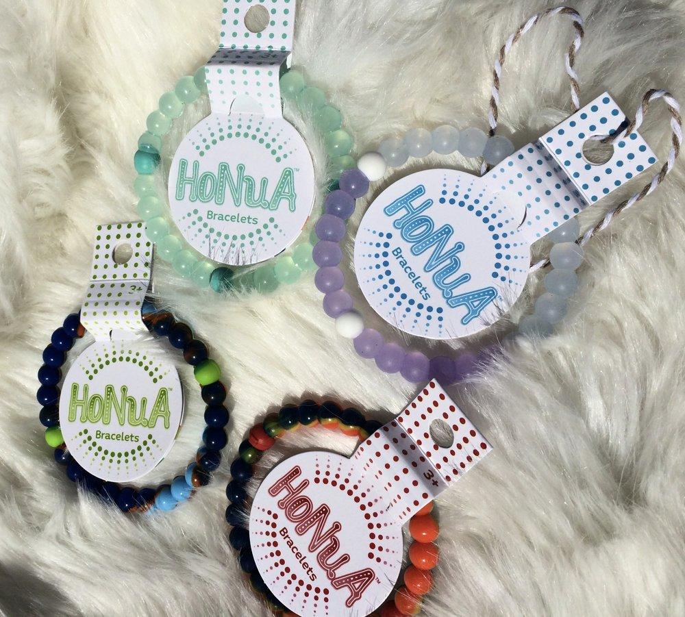 Honua Bracelet Review - whatthegirlssay.com