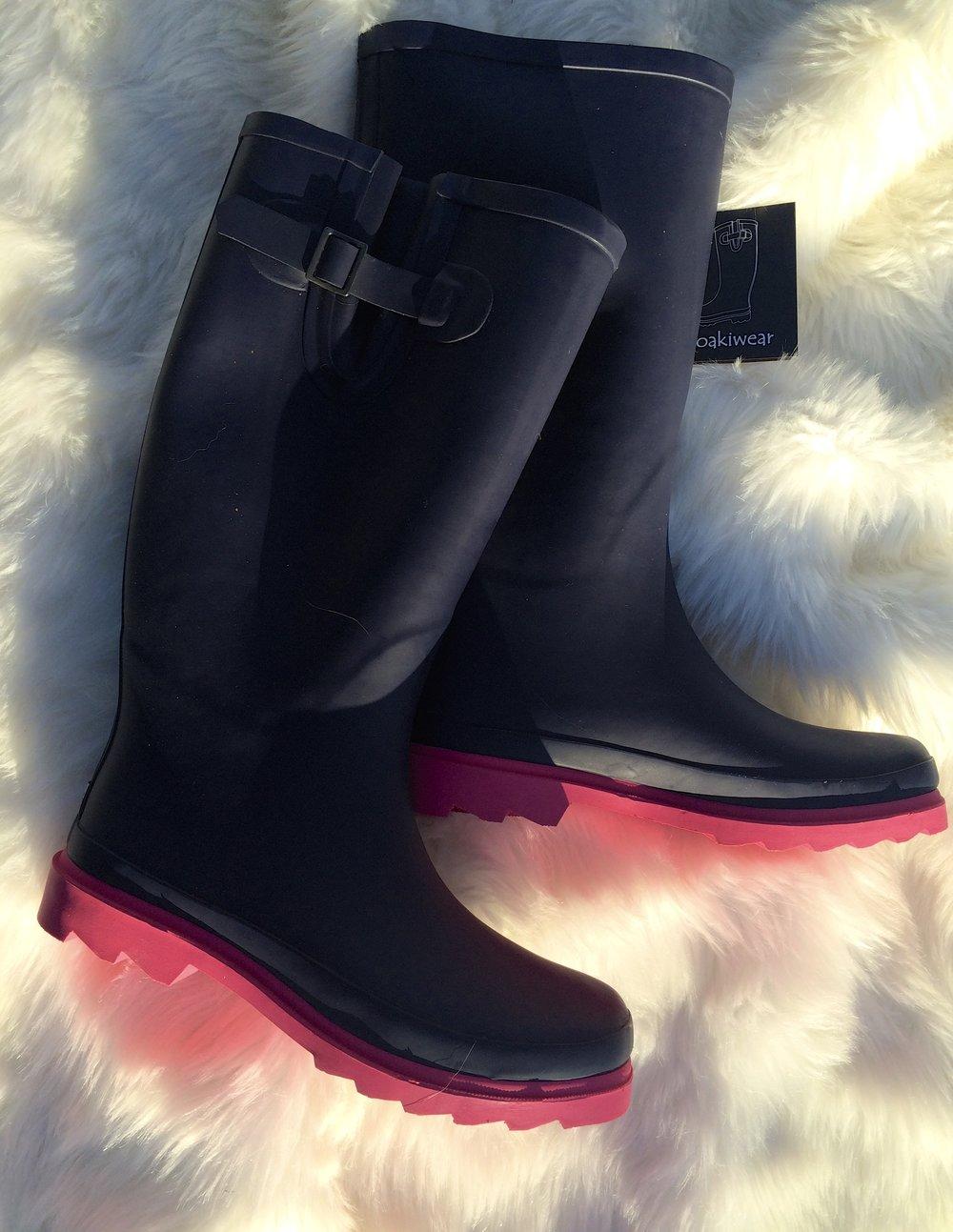 Oakiwear Rain Boot Review - whatthegirlssay.com