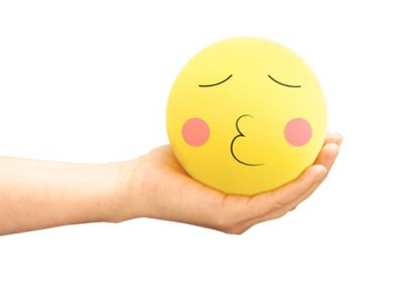 Baden emojiball review - whatthegirlssay.com
