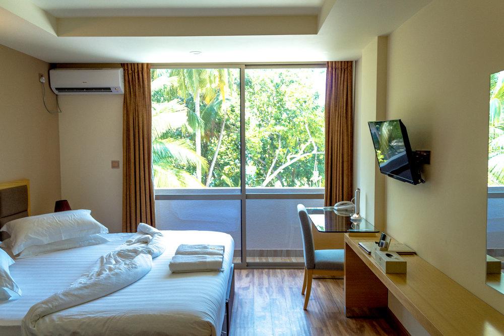 Season Paradise Hotel Review - Maldives Getaway