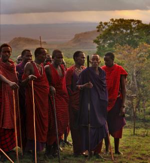 Campi-ya-Kanzi-Kenya-maasai-dance-bush-dinner300x325.jpg