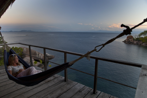 Lady-in-hammock-Lake-Malawi-