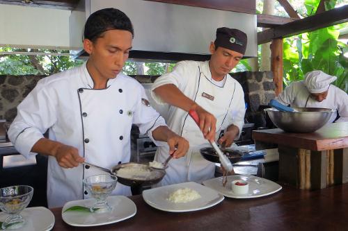 Jicaro Island Nicaragua open kitchen & Chef Alex Dunn