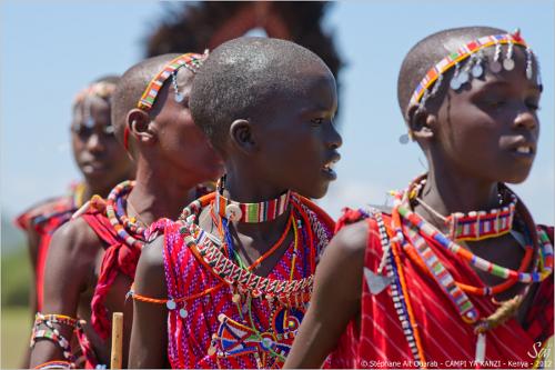 Campi ya Kanzi Kenya Cérémonie Maasaï Rangers