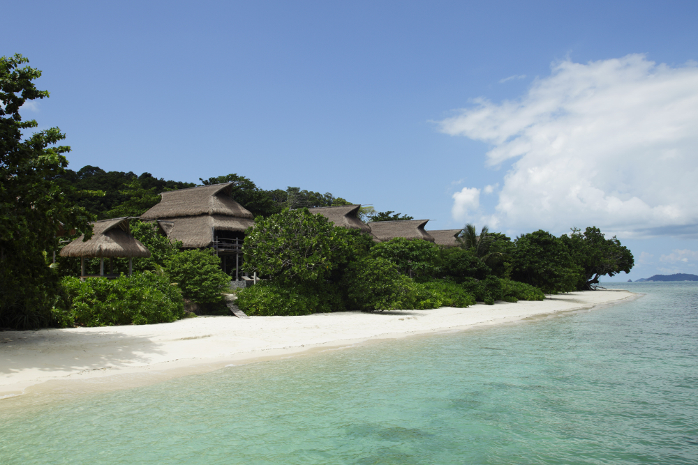 Nikoi-Island-Indonesia-beach-houses-_MG_2088-1000x667.jpg