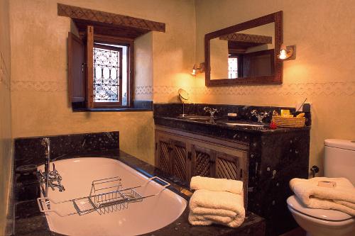 Apartment Suite Bathroom - Kasbah du Toubkal