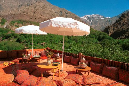 Kasbah du Toubkal terrace ©Alan Keohane